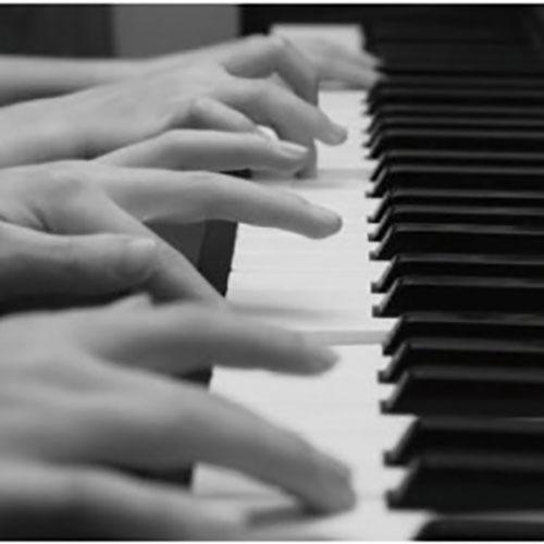 Piano Folia….. de 5 à 40 doigts!